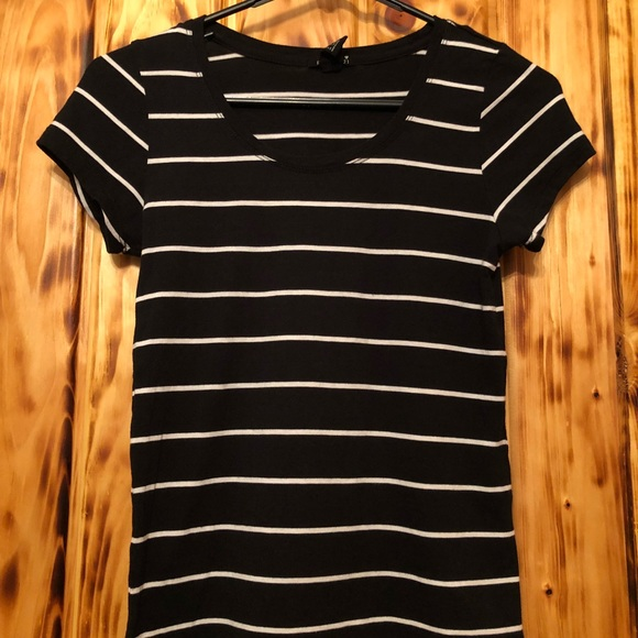 black and white striped tee women's